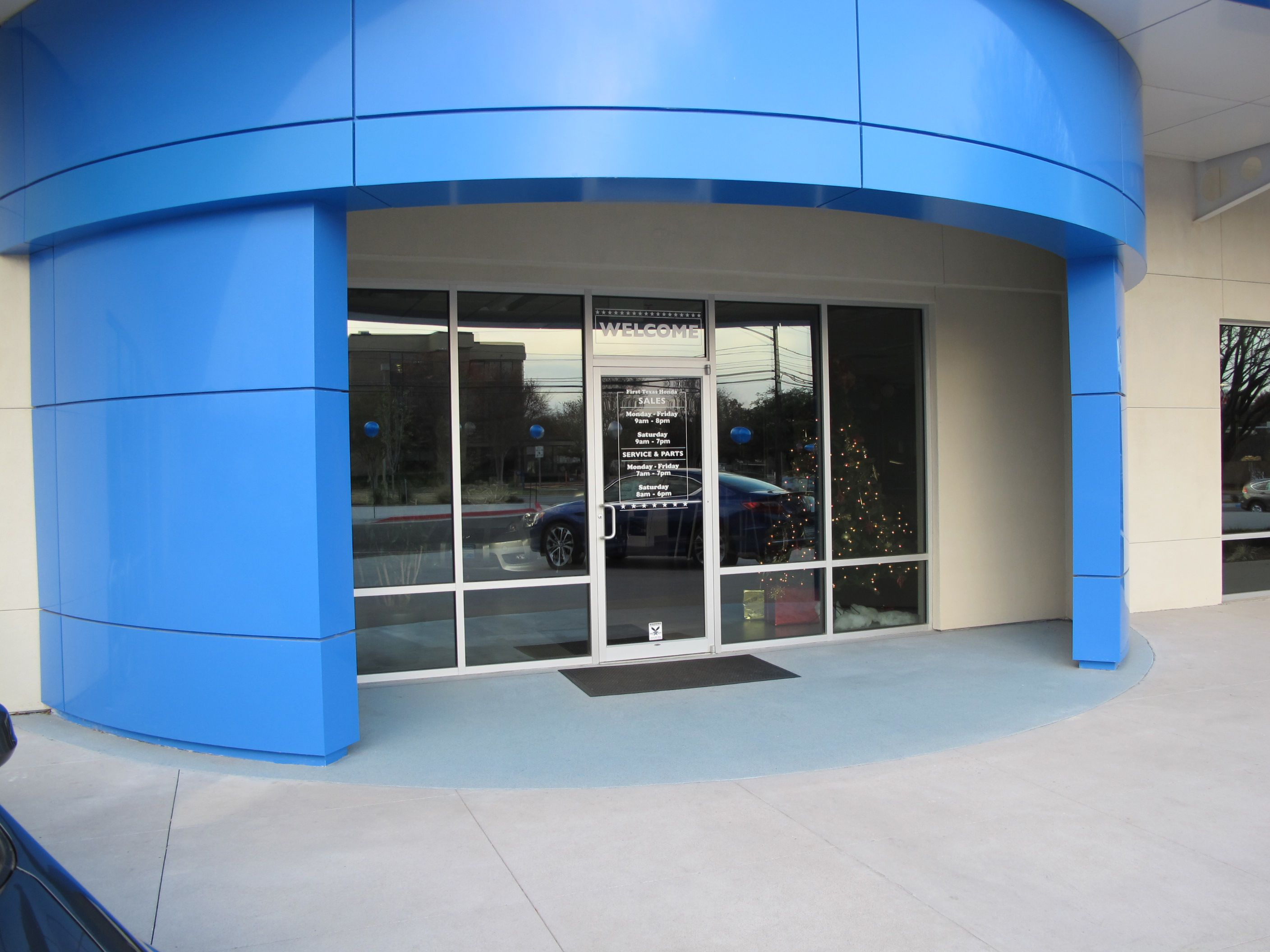 Broadcast Aggregate Brings Color To Honda Dealership Entry Way
